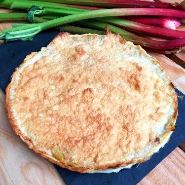 recette de tarte à la rhubarbe meringuée