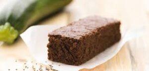 image d'un gâteau au chocolat et à la courgette sans beurre